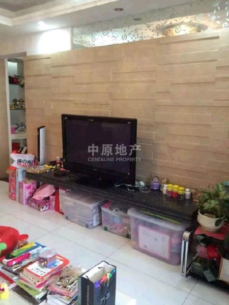 中惠山畔名城三房两厅南北通透配套完善高楼层二手房
