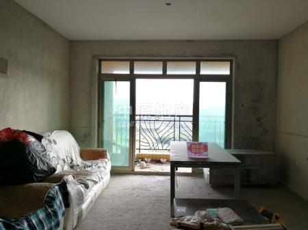东骏豪苑高楼层南向方正三房二手房