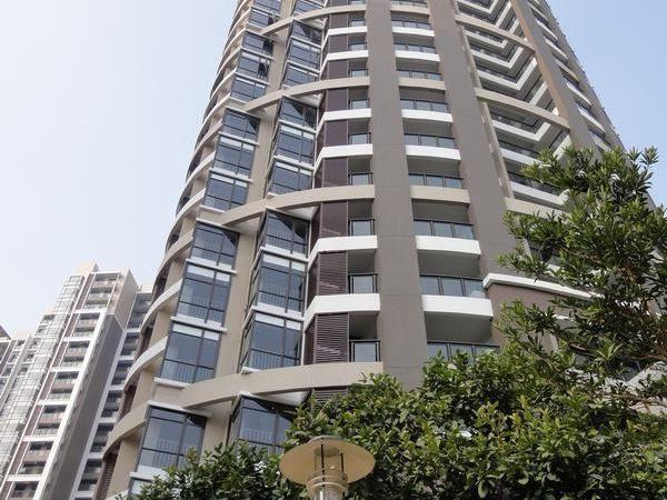 出售金域中央四期3房2厅精装修朝南售价300万二手房