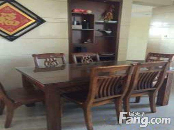 出售东骏豪苑2房2厅精装修朝南售价280万二手房