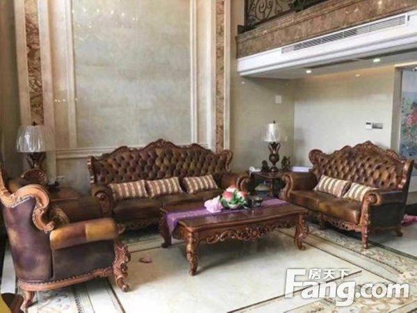 出售东骏豪苑6房2厅豪华装修东南售价850.0万二手房