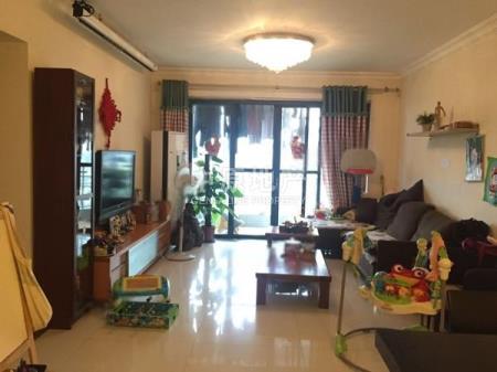 珠江俊园精装大三房户型方正二手房