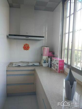 东苑十五中楼层好婚房装修全明户型带附房24二手房