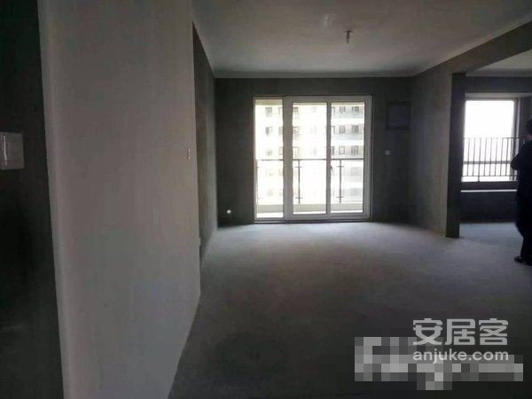 新房源+有钥匙+三号线+电梯房+全新白坯+标准三房二手房