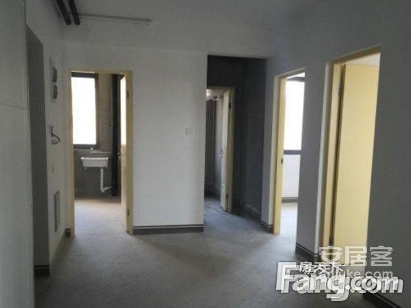 江南春晓3+4+5楼+实用240+房东诚心出售+近一号线+送二手房