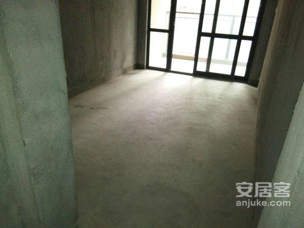 东方丽都毛坯3室位于未来的宁波市之心东部新城*二手房