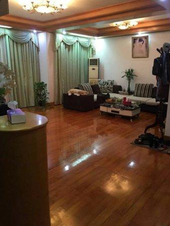红联振兴东路小区老实豪华装修周边设施超全二手房