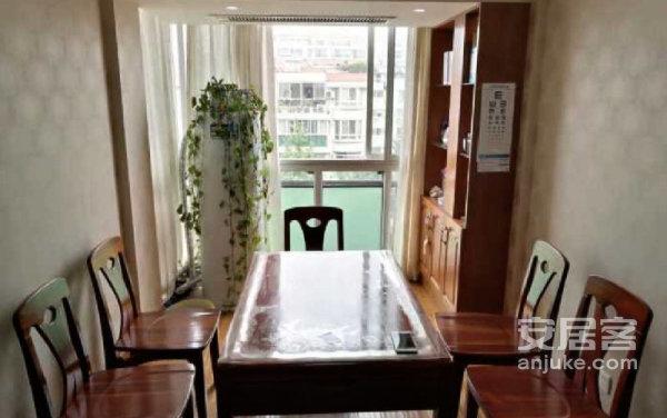 套型好、大阳台、大客厅、采光好、两梯三户!边套!二手房