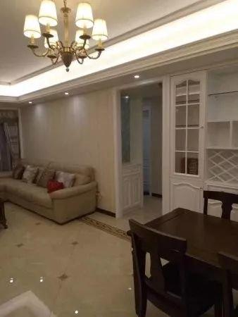 银亿东岸豪华装修,品牌家电家具给你一个既大气又温馨的家二手房