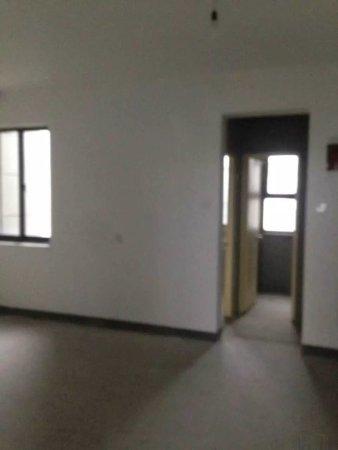 中心区,低于市场价,枫林湾65万2室2厅1卫普通装修二手房