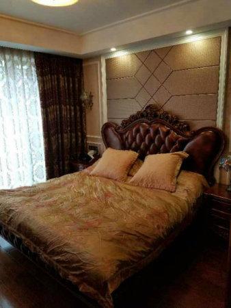 *户型新天地西区4室2厅3卫2阳台,急售二手房