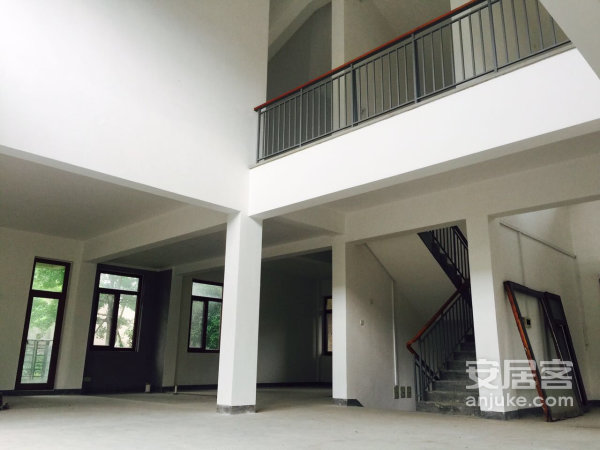 急售独栋大别墅,小区专做,可看多套房源二手房