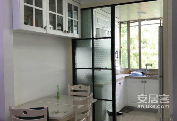 广安里,三楼,婚装,送家电,拎包入住,实验学校二手房