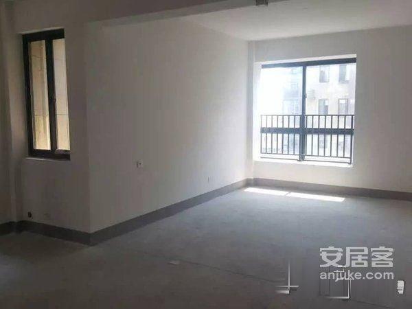 新交付小区枫林湾,106平白坯房二手房