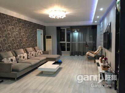 第.一城3室2厅1卫园区中心豪装+地下车位10万元送家俱家电二手房
