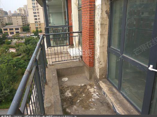 顶楼送阁楼清水证件齐全楼王位置新房地铁房二手房