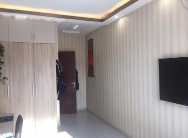 金地·铂悦3室2厅2卫130㎡二手房