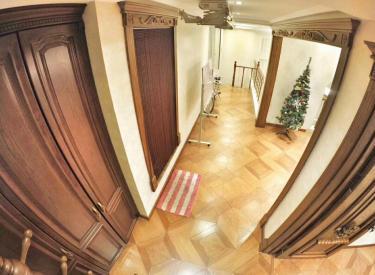 第一城4室2厅3卫205㎡二手房