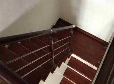 园丁园5室2厅2卫216.00㎡二手房