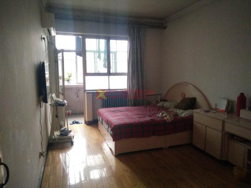 方兴小区经典两居室空间大采光好二手房