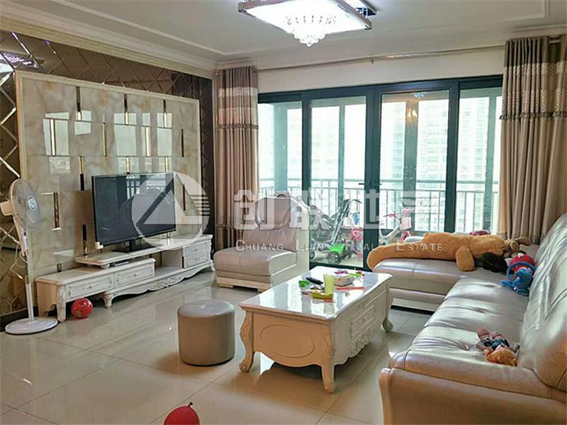 高新区不限够恒大绿洲三室的价格大四室的房子,二手房