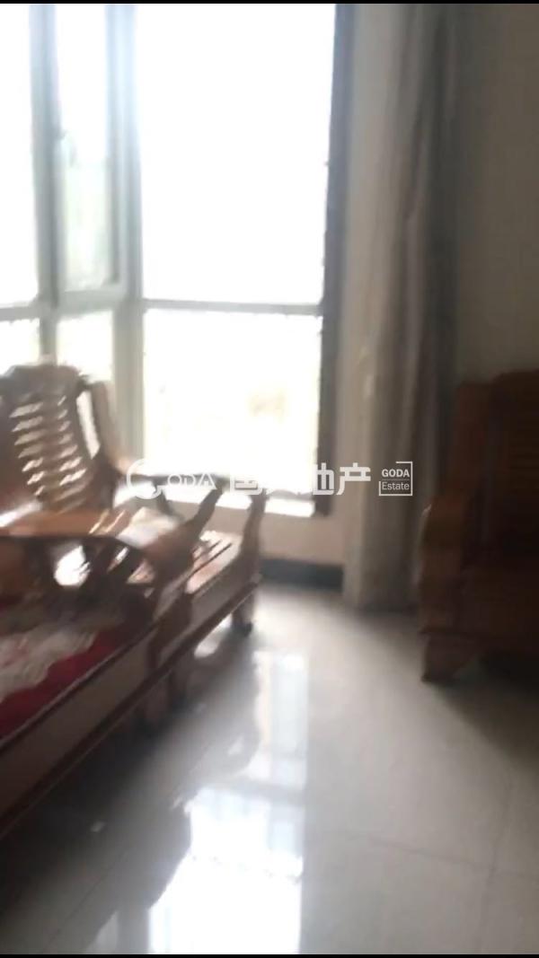 精装3室阳面大客厅落地飘窗采光好二手房