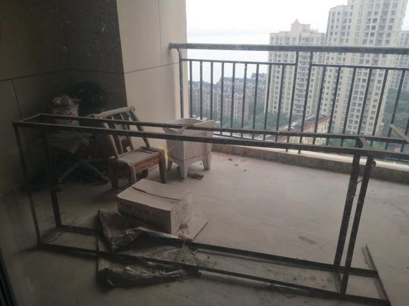 保利海上五月花三室两厅抢手户型电梯房高楼层,二手房