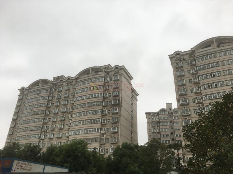 高新大道佳园路梓洲花苑精装三房满五年出售,二手房