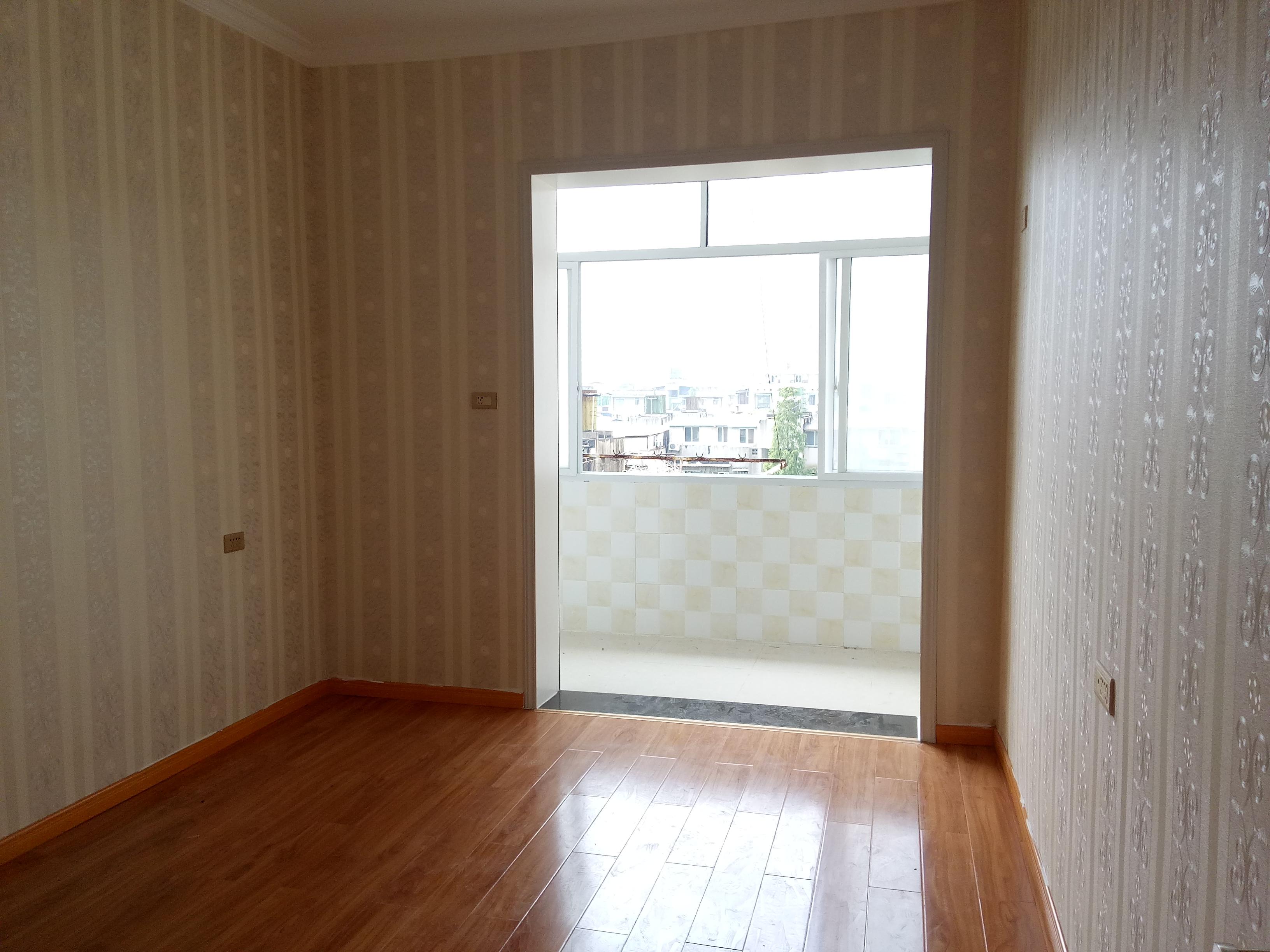 花桥二村精装修2房1厅采光好诚心出售,二手房