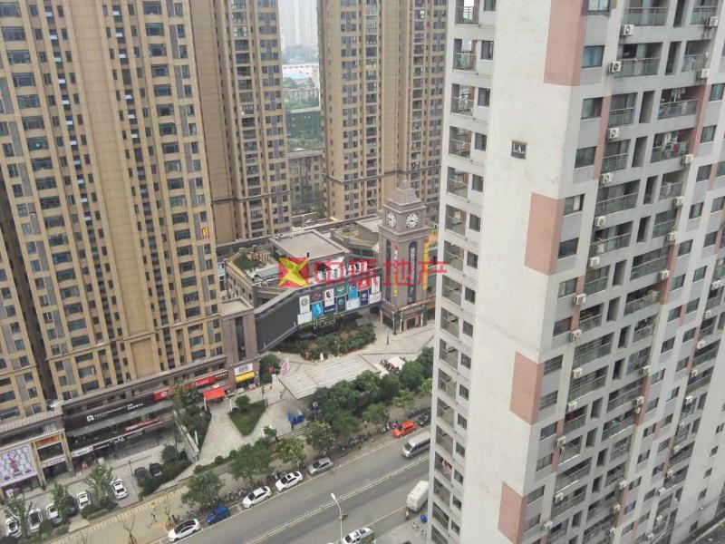 杨家湾地T口保利华都精装1房户型方正证满两年,二手房