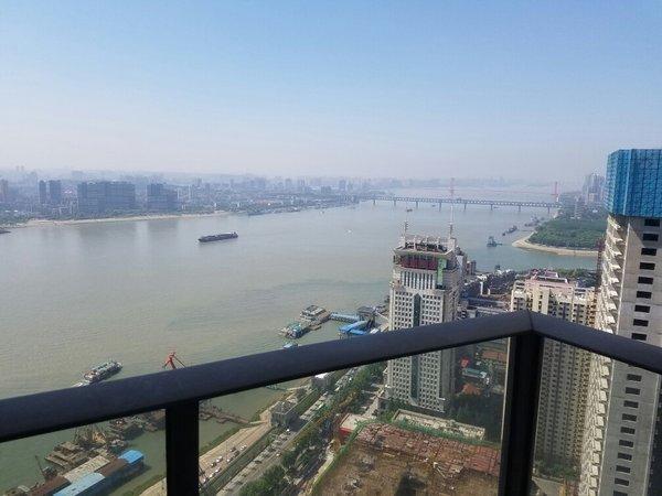 现已装好高层江景世纪江尚豪华装修大金空调菲斯曼地暖,二手房