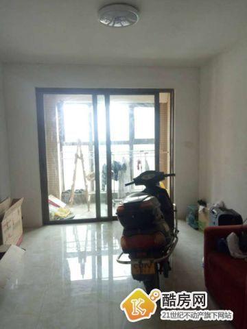 上东城,总价便宜,性价比超高,3室2厅,豪华装修,业主急售二手房