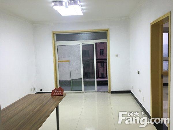 橡树玫瑰城,简装两室,中间楼层,拎包可住,看房方便二手房